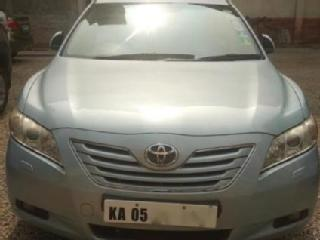 Blue 2009 Toyota Camry W4 AT 89,540 kms driven in Mahatma Gandhi Road
