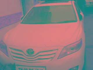 White 2009 Toyota Camry W1 MT 90,000 kms driven in Adyar