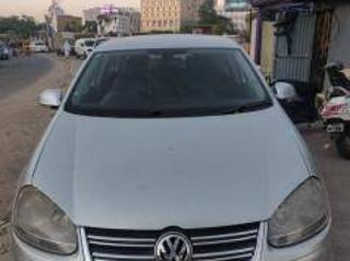 Silver 2009 Volkswagen Jetta Highline TDI AT 95000 kms driven in Greams Road