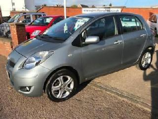 2010 60 Toyota Yaris 1.0 VVT i TR 5 Door.Grey,1 owner,60000rm,£30 TAX,Stunning