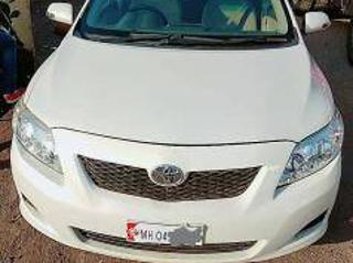 White 2010 Toyota Corolla Altis G Diesel 1,19,777 kms driven in Select Locality