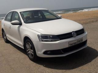 2011 Volkswagen Jetta 2011 2013 2.0L TDI Highline AT for sale in Chennai D2083625