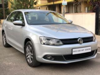 2011 Volkswagen Jetta 2011 2013 2.0L TDI Highline AT for sale in Bangalore D2070292
