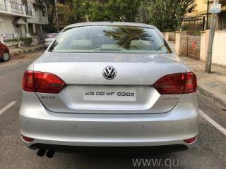Silver 2011 Volkswagen Jetta Highline TDI AT 73,000 kms driven in Jayanagar