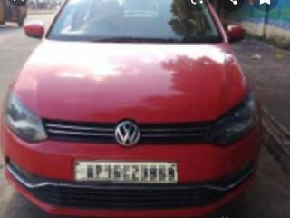 Red 2011 Volkswagen Polo Diesel Highline 1,13,000 kms driven in Green Park Extension