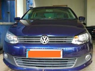 Blue 2012 Volkswagen Vento Highline Diesel 1,35,000 kms driven in Mahindra World City