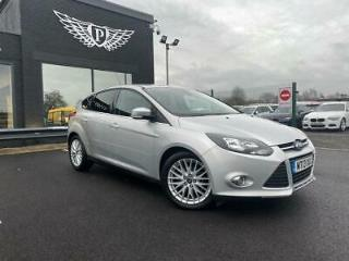 2013 13 FORD FOCUS 1.0 ZETEC 5D 99 BHP FINANCE AVAILABLE FROM 5.9%!