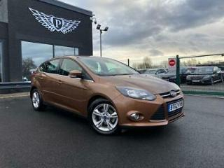 2013 62 FORD FOCUS 1.0 ZETEC 5D 124 BHP FINANCE AVAILABLE FROM 4.9%!