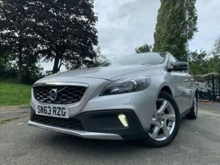 2013 63 VOLVO V40 1.6 D2 CROSS COUNTRY LUX 5D AUTO 113 BHP DIESEL SILVER+MEDIA