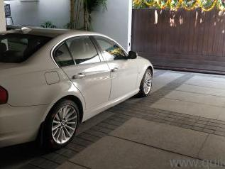 2013 BMW 3 Series 320d Highline 27,099 kms driven in Jubilee Hills