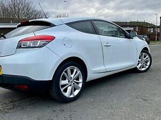 2013 Renault Megane Dynamique Tomtom DCI coupe automatic 64k miles full service