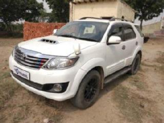 2013 Toyota Fortuner 3.0L 4WD AT