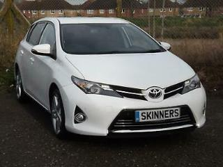 2014 Toyota Auris Hatch 5Dr 1.4D4D 90 SS Excel SNav 6 Diesel white Manual