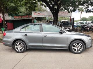 2014 Volkswagen Jetta 2011 2013 2.0L TDI Highline AT for sale in Pune D2288443