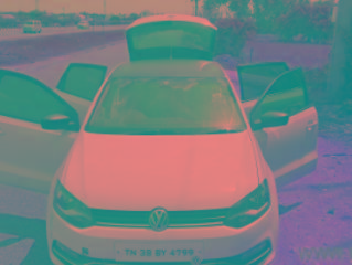 2014 Volkswagen Polo Diesel Highline 130000 kms driven in Karuvampalayam