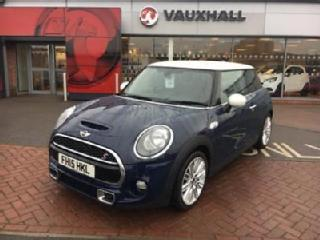 2015 MINI HATCHBACK Cooper S 2.0 3DR with White Roof