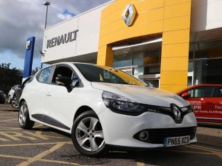 Renault Clio 1.2 16v Play Hatchback 5dr Petrol Manual 127 g/km, 75 bhp Low Mileage + Bluetooth 2015, 15687 miles, £6499