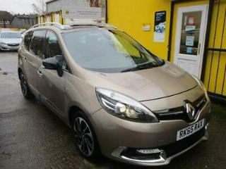 2015 Renault Grand Scenic 1.6 dCi Dynamique Nav [Bose pack] meets the emissio