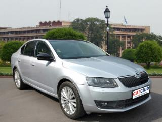 2015 Skoda Octavia 2013 2017 Ambition 2.0 TDI AT for sale in New Delhi D2345021