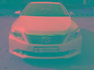 White 2015 Toyota Camry 2.5 G 69000 kms driven in Tagore Garden