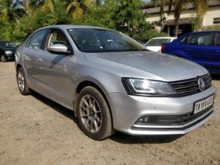 2015 Volkswagen Jetta 2013 2015 2.0L TDI Highline AT for sale in Chennai D2091070