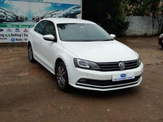 2015 Volkswagen Jetta 2013 2015 2.0L TDI Highline AT for sale in Coimbatore D2197209