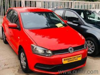 Red 2015 Volkswagen Polo Petrol Comfortline 1.2L 62000 kms driven in Industrial Area Phase I