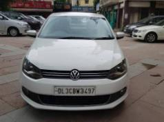 White 2015 Volkswagen Vento Highline Diesel AT 65000 kms driven in Rohini Sector 3