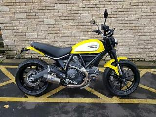 2016 Ducati Scrambler ICON 800 only 2201 miles