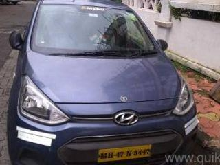 Blue 2016 Hyundai Xcent Base 1.2 76,000 kms driven in Borivali West