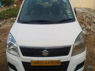 White 2016 Maruti Suzuki Wagon R LXI CNG 76,000 kms driven in Sector 14