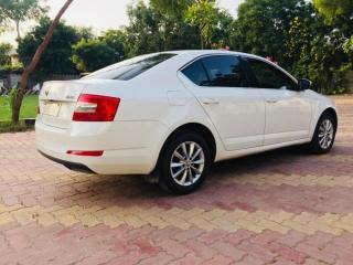skoda octavia 2016 2.0 TDI CR STYLE PLUS AT