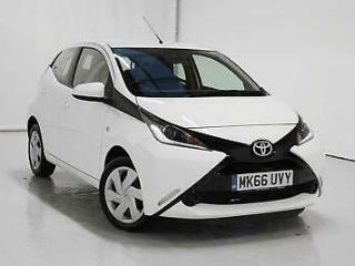 2016 Toyota Aygo 1.0 VVT i X Play 5dr Petrol white Manual