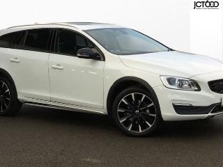 Volvo V60 D4 CROSS COUNTRY LUX NAV Estate 2017, 10433 miles, £19350