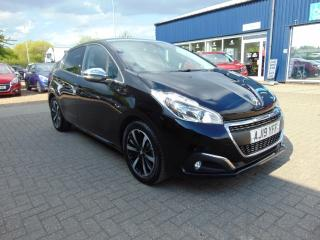 Peugeot 208 1.2 PureTech 82 Tech Edition 5dr [Start Stop] Hatchback 2019, 4500 miles, £11385