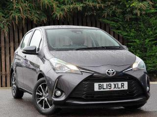 Toyota Yaris 1.5 VVT i Icon Tech 5dr Hatchback 2019, 14 miles, £13495