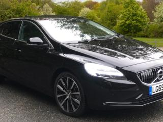 Volvo V40 T3 Inscription Edition Auto N Hatchback 2019, 456 miles, £20000