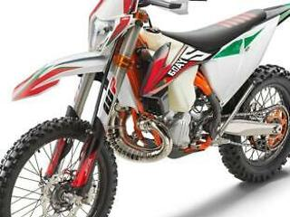 2020 KTM 300 EXC TPI 6 Days buy yours with £399 deposit & 48 mos 1.9%APR finance