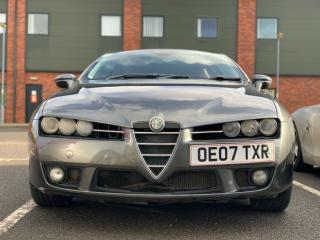Alfa Romeo Brera 2.4 JTDM Metallic Grey with strawberry and cream interior