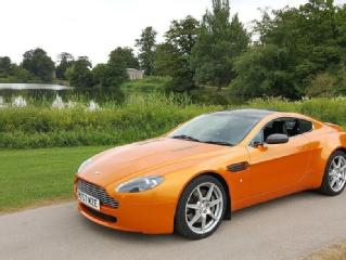 Aston martin v8 vantage 4.3 sportshift coupe 2007 low miles only 16k