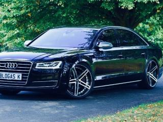 Audi A8 LWB Executive 3.0 TDI clean diesel Quattro 262 PS FREE UK DELIVERY