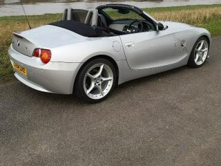 BMW Z4 3.0I CONVERTIBLE MANUAL SPORTS ROADSTER WARRANTED LOW MILEAGE FSH