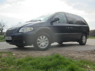 CHRYSLER GRAND VOYAGER, 2.8 CRD AUTO, HIGH SPEC FOR SALE AT PENN HILL MOTORS