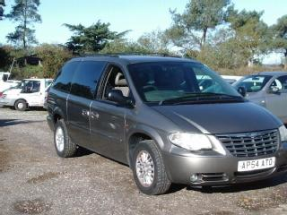 CHRYSLER GRAND VOYAGER 2.8 LX AUTO MOT 12/04/2019 MPV 7 SEATER SPARES OR REPAIR