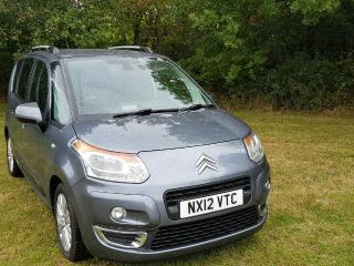 Citroen C3 Picasso Exclusive 1.6 hdI Low miles £30 road tax