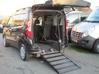 Fiat Doblo wheelchair car, disabled access, mobility vehicle