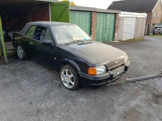 Ford Escort Mk4 Cabriolet – XR3i – Spares or Repairs