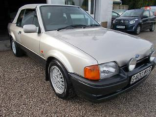 FORD ESCORT XR3I CABRIOLET LIMITED EDITION FREE UK DELIVERY