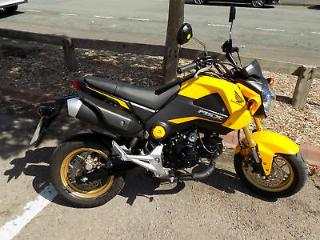 Honda MSX125 GROM 2016 1674 MILES MINT & UNMARKED YELLOW FSH,HPI CLEAR £99 DEP!