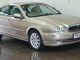 Jaguar X TYPE 2.5 V6 auto SE ONE OWNER FSH 17 SERVICE STAMPS